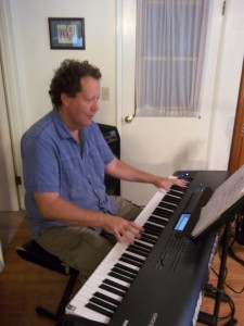 Bob Ekman Playing Piano (1)